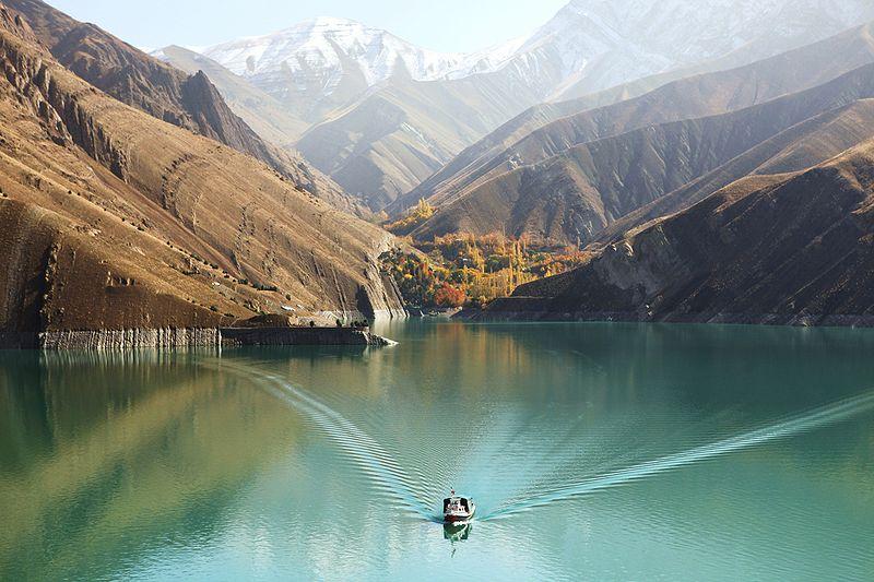 دریاچه-سد-امیر-کبیر