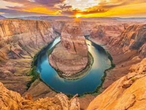 horseshoe-bend-featured-image-video